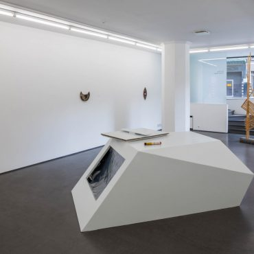 Dit-Cilinn, Carrier Waves, sculpture, objects, collage, 21 August–27 September 2014