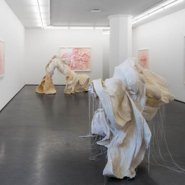 Gabriella Loeb and Martha Ossowska Persson, Splendor in the touch, sculpture, painting, 20 August–26 September 2015