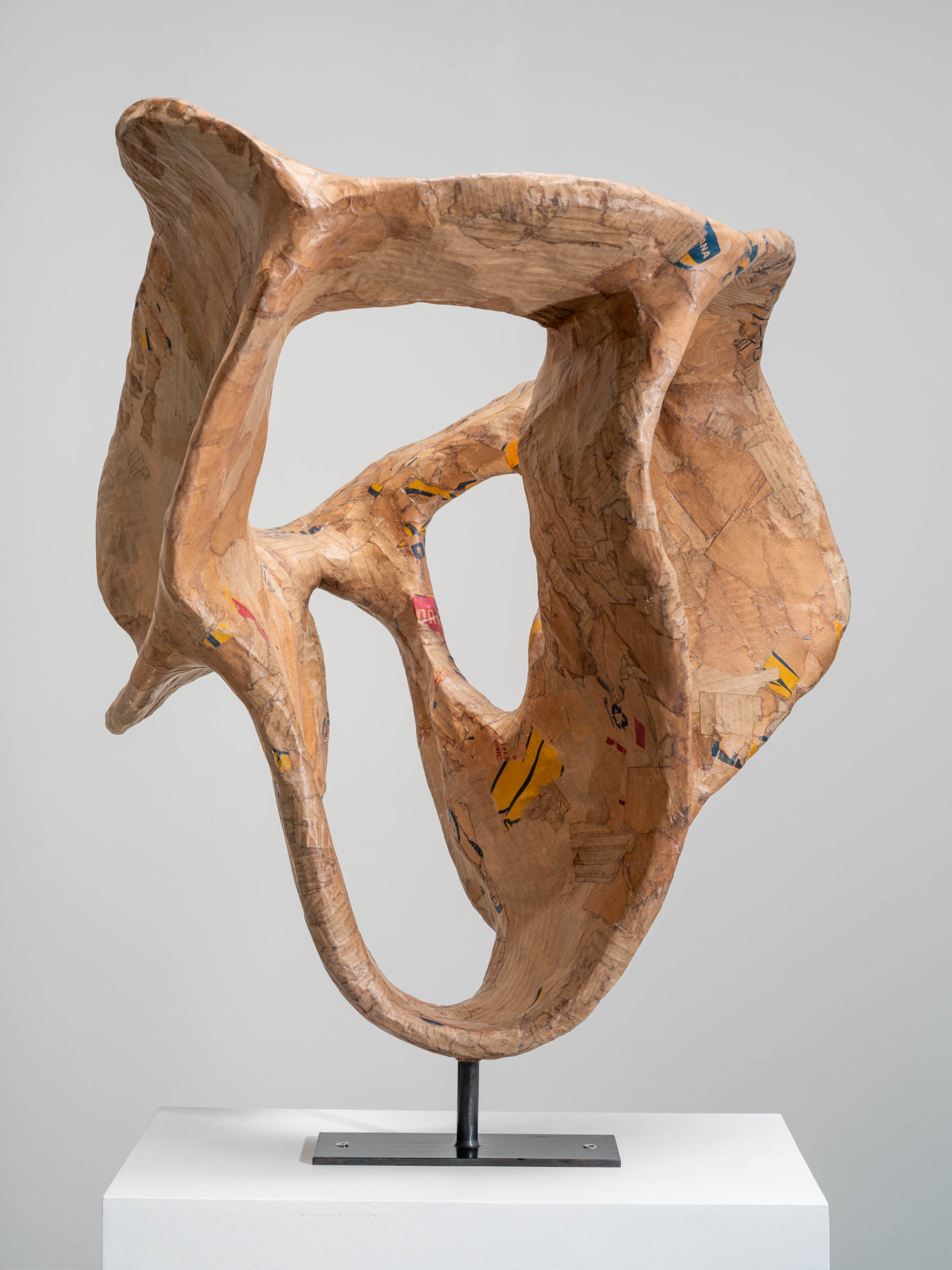 Carl Boutard, Hearing, 2020, laser cut cardboard, paper, lacquer, steel, 80 x 60 x 60 cm, edition of 3